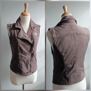 Abercrombie & Fitch | fitted vest | Small